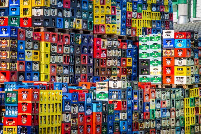 Cerveja belga aprova PET reciclado e substitui shink
